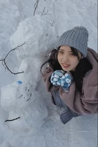 【顔出し】県立普通科①無垢な色白少女。雪山旅行の思い出。