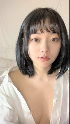 裸 逼01 AV777视频