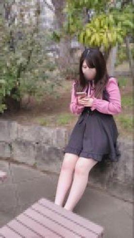 【無修正】色白巨乳のオタ活女子大生にパイズリ挟射と連続中出し(58分)
