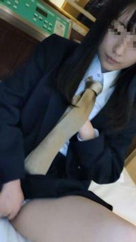 16日まで【個撮】県立普通科②色白黒髪ロングの優等生。塾の先生にハメ撮りされる。