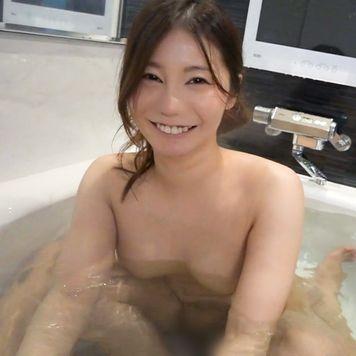 [個撮] 満面笑顔がカワイイ28歳地方在住巨乳若妻♥ ハメ撮り浮気セックスの一部始終。