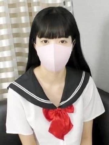 【14980→初回限定4980】18歳で黒髪超ロングのスレンダー美少女❤️お堅い家のお嬢様にマスクと喋らない約束でハメ撮り❤️声が出せず・・オジサンから当然のごとく生中出し・・・