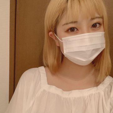 同郷の幼馴染のあかりちゃんが誕生日を迎え18歳に。。。大学見学で東京に来たので、久しぶりの再会ハメ撮りセックス