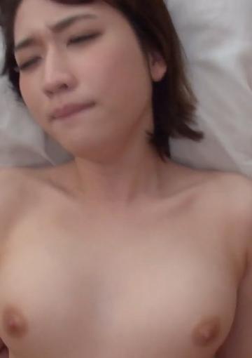 【無許可流出】TikTokerカップル生ハメ動画です ※数量限定